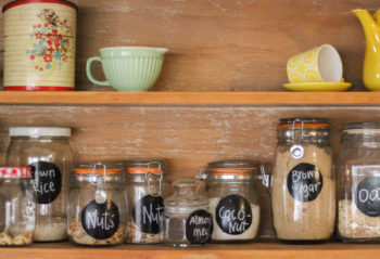 storing food in glass containers in order to reduce plastics
